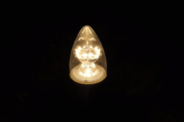led světlo)