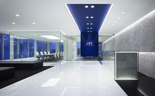 zasklená kancelář
